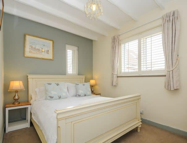 selsey-beach-house-downstairs-bedrooms-2