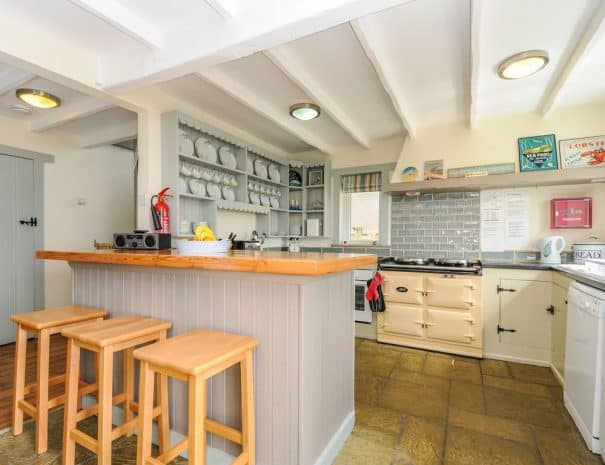selsey-beach-house-kitchen-2