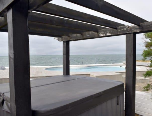 Hot Tub 2 - Selsey Beach House